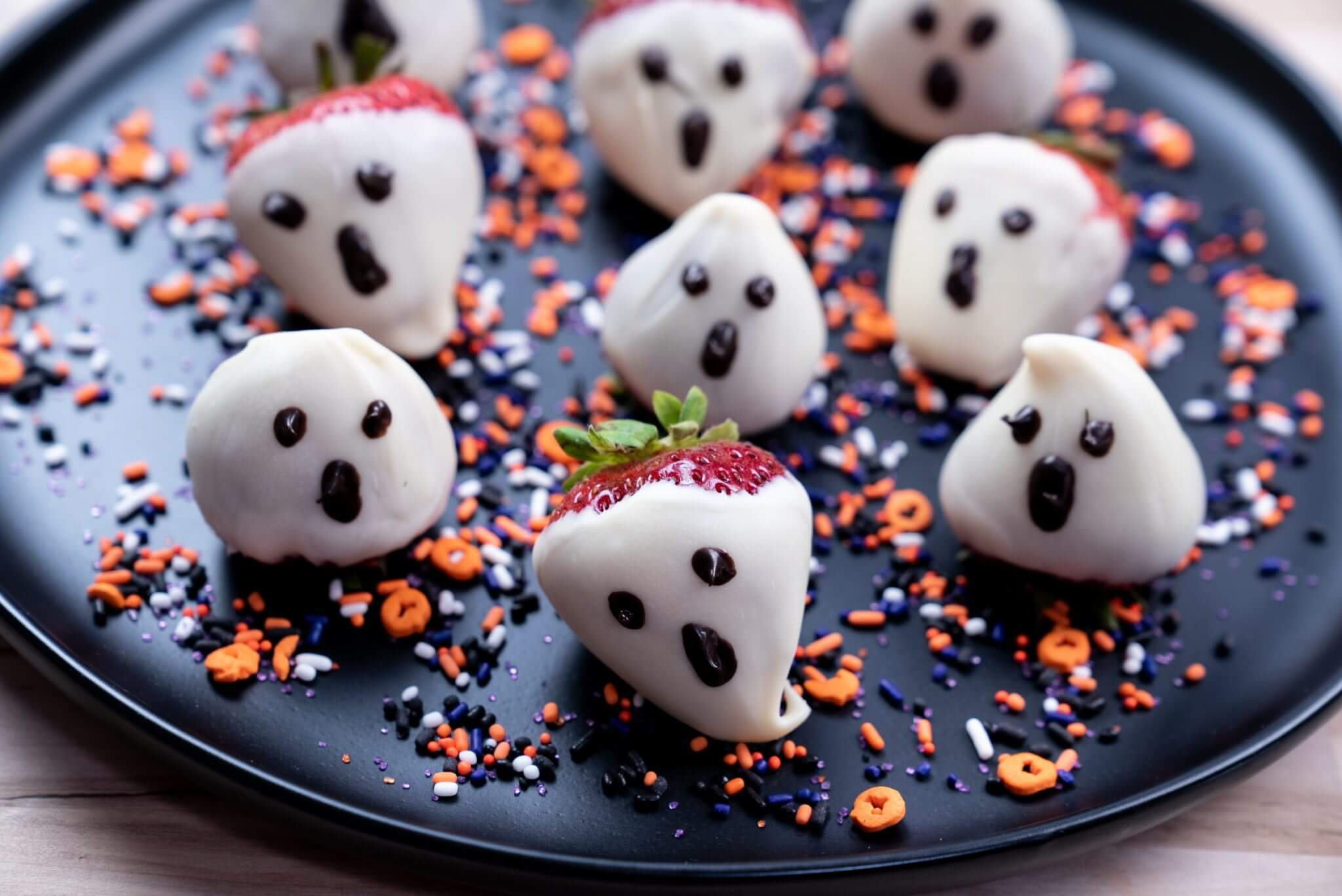 Chocolate Covered Strawberry Ghosts Wish Farms
